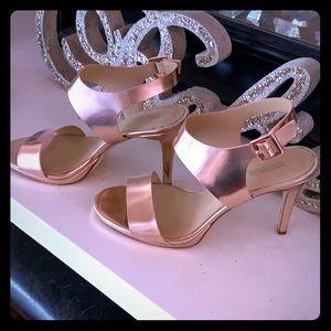 MICHAEL KORS metallic rose pink heels size 7